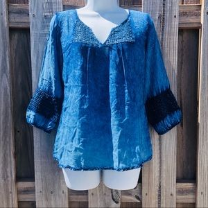 Live & Let Live Tie Dye Top LARGE Crochet Ombre